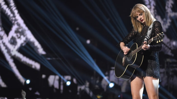 See Taylor Swift Debut Latest Singles Live at Pre-Super Bowl Gig