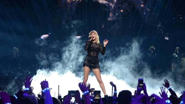Taylor Swift Makes Full Catalog Available via Streaming Services