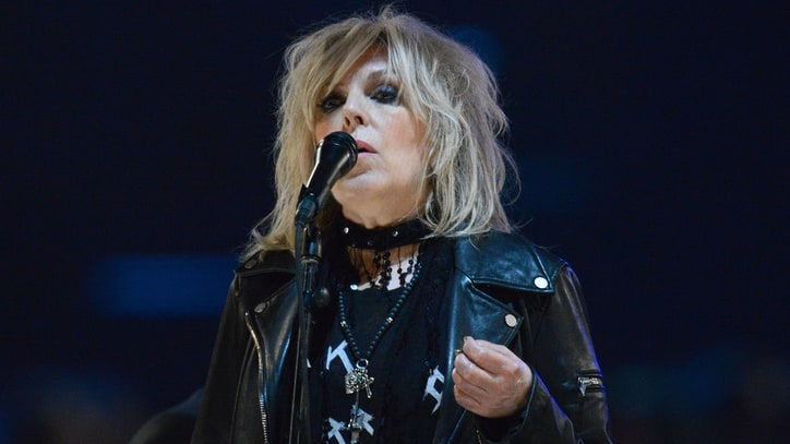 Lucinda Williams Re-Records, Re-Releases 1992 Album 'Sweet Old World'