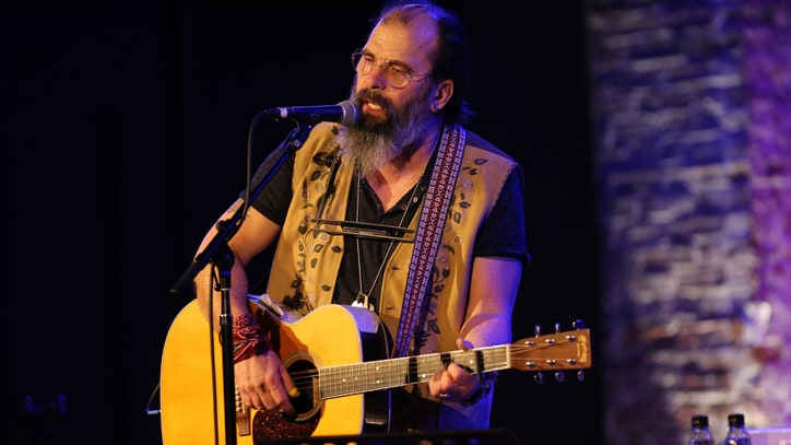 Steve Earle Recruits Miranda Lambert, Willie Nelson for New Album