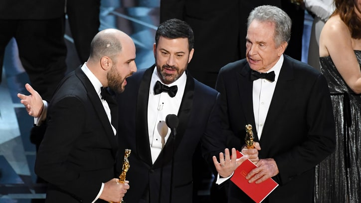 Oscars Accountants Detail 'Human Error' Behind Best Picture Mix-Up