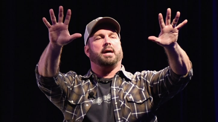 Garth Brooks Talks Lady Gaga, Lobbies for Songwriters in SXSW Keynote