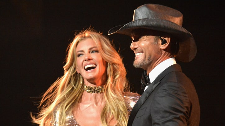See Tim McGraw, Faith Hill's Charming 'Speak to a Girl' at ACM Awards