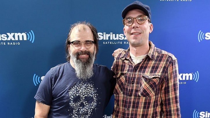 See Steve Earle, Son Justin Townes Earle Talk Kurt Cobain, Lead Belly
