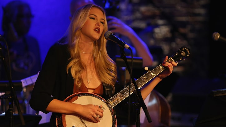 Read Ashley Campbell's Poignant Tribute to Father Glen Campbell