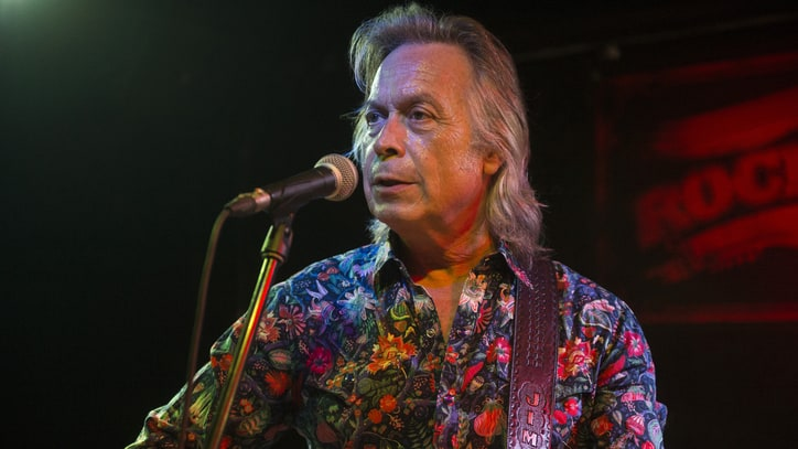 Hear Jim Lauderdale Channel Ray Charles on New Song 'I Love You More'