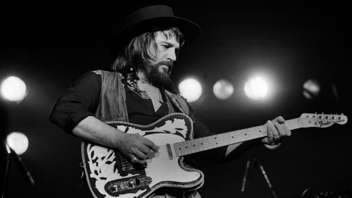 'Luckenbach, Texas' at 40: How Waylon Jennings Created an Outlaw Fantasy