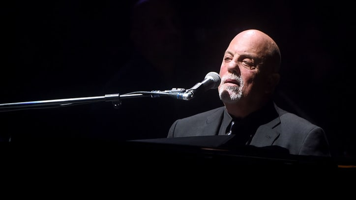 See Billy Joel Cover Beatles' 'A Day in the Life' in Green Bay
