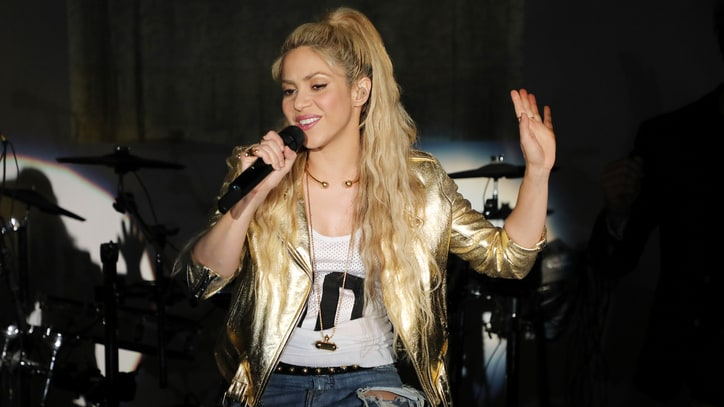 Shakira Postpones 'El Dorado' World Tour