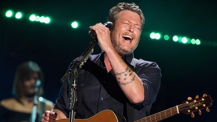 See Blake Shelton's Endearing New 'I'll Name the Dogs' Video
