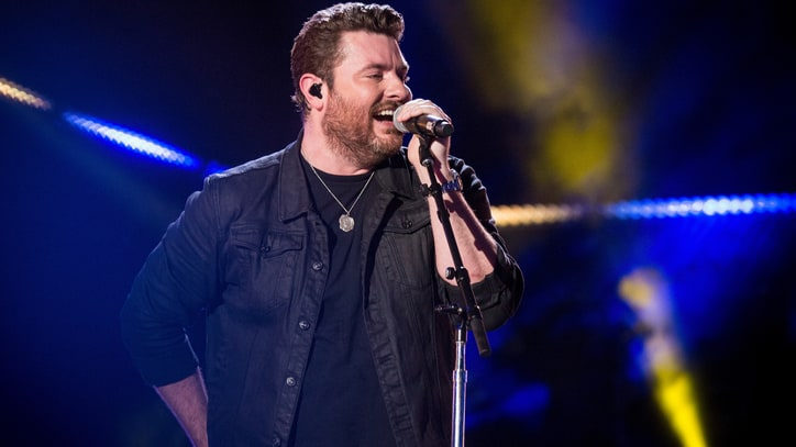 Hear Chris Young's Breezy New Song 'Holiday'