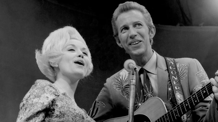 Flashback: Dolly Parton, Porter Wagoner Deliver Awkwardly Humorous Duet