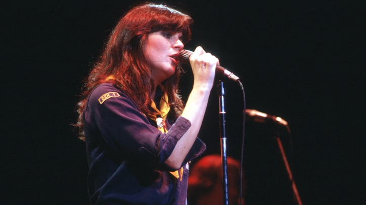 Flashback: Watch Linda Ronstadt Croon 'Blue Bayou' With the Muppets