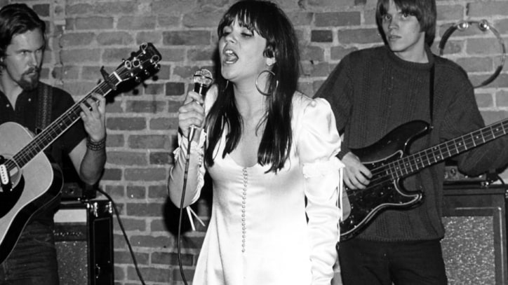 Flashback: Linda Ronstadt Performs on 'Playboy After Dark'