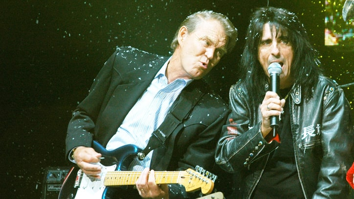 Alice Cooper on Unlikely Bond With Glen Campbell: 'We Were Survivors'