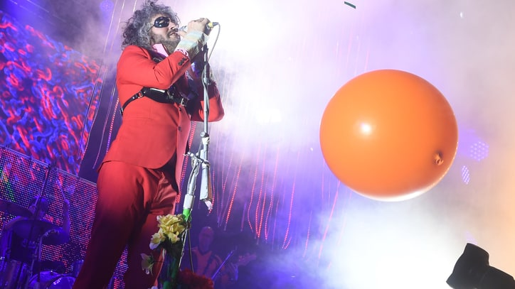 See the Flaming Lips' Trippy Live Video for 'Pompeii Am Gotterdammerung'