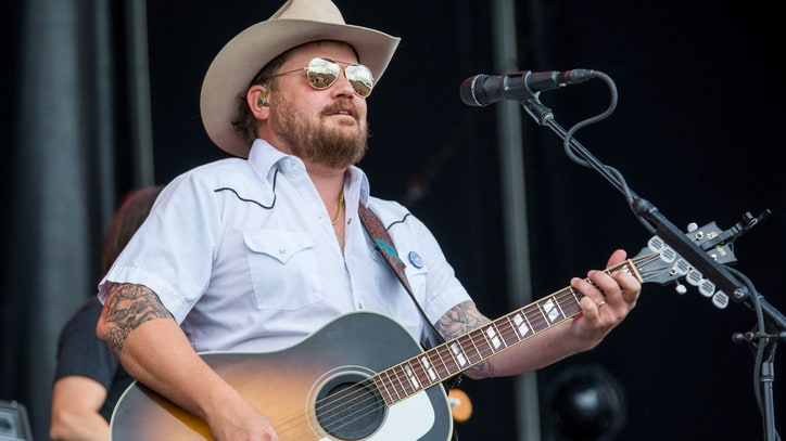 See Randy Rogers Band's Haunting 'Meet Me Tonight' Video