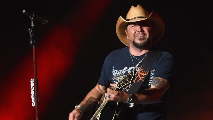 Jason Aldean Spotlights Those Who Shaped His Career in New Book