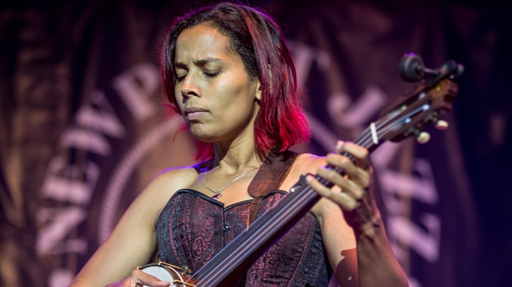 Rhiannon Giddens Announces 2017 Fall Tour Dates
