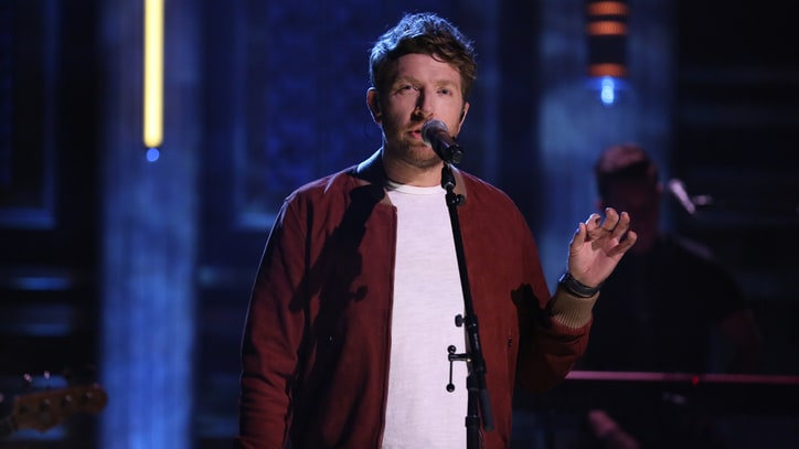 See Brett Eldredge's Tender 'The Long Way' on 'Fallon'