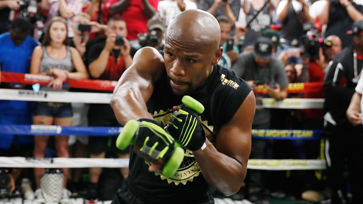Floyd Mayweather: 'Conor McGregor Is Extremely Heavy Right Now'