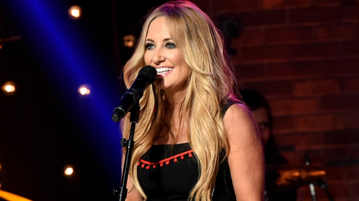 Hear Lee Ann Womack's Ethereal New Song 'Hollywood'