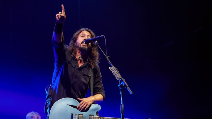 On the Charts: Foo Fighters Stake Second Number One With 'Concrete and Gold'