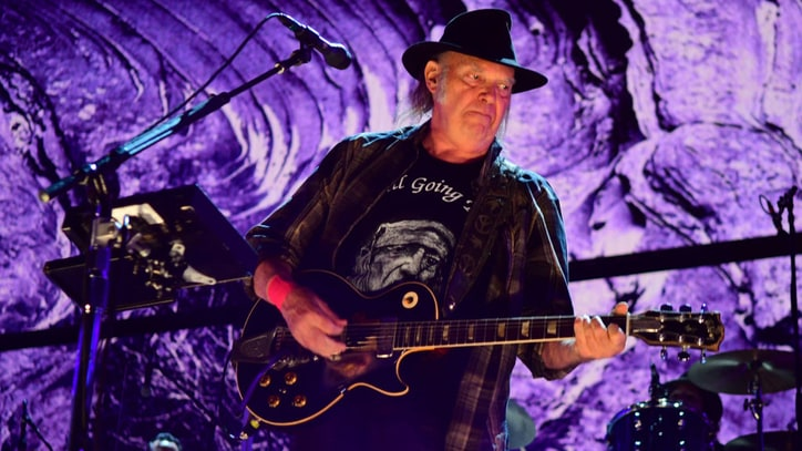 Neil Young Roars Back to Life With Blazing Farm Aid Set