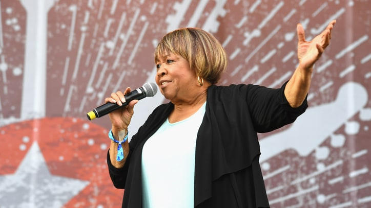 Hear Mavis Staples' Graceful New Protest Song 'Build a Bridge'