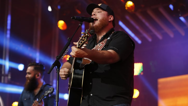 Watch Luke Combs' Cheeky 'When It Rains It Pours' on 'Kimmel'