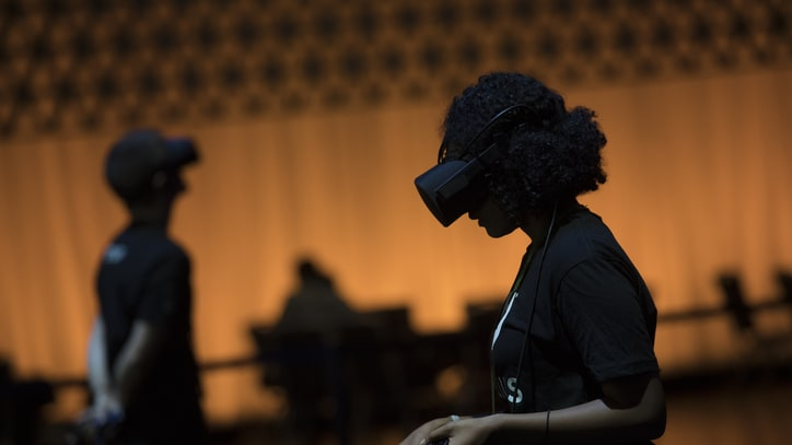 Oculus: VR Flourishes Despite Predictions of its Death