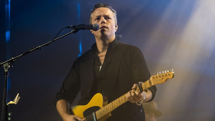 See Jason Isbell Pay Tribute to Tom Petty With 'Room at the Top'