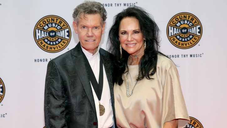Randy Travis' Wife Petitioning to Block Singer's 2012 Arrest Video