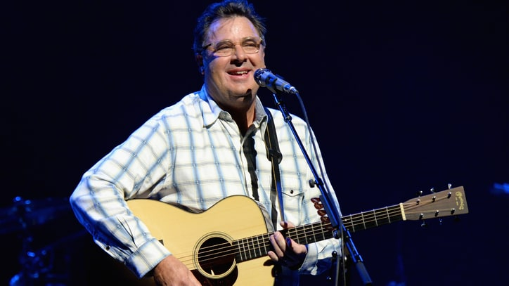 Vince Gill, Kesha to Play 2018 All for the Hall New York