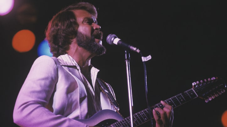 Flashback: Watch Glen Campbell's Nimble Medley of Beach Boys Hits