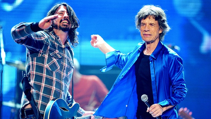 Dave Grohl Recalls Foo Fighters Backing 'Nervous' Mick Jagger on 'SNL'
