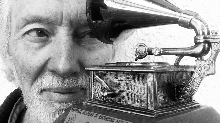 Klaus Voormann Celebrates Beatles' 'Revolver' Cover in Book Box Set