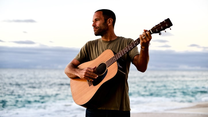 Jack Johnson Breaks Walls in Sly Anti-Trump 'My Mind Is for Sale' Video