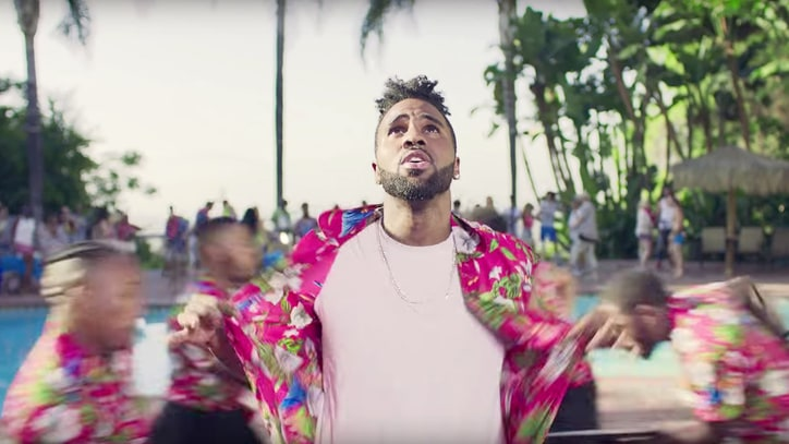 Watch Jason Derulo's Summertime Hotel Romp in 'Kiss the Sky' Video