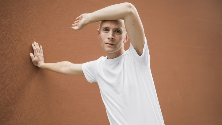 Review: Indie Singer Jens Lekman Spins Tales on 'Life Will See You Now'