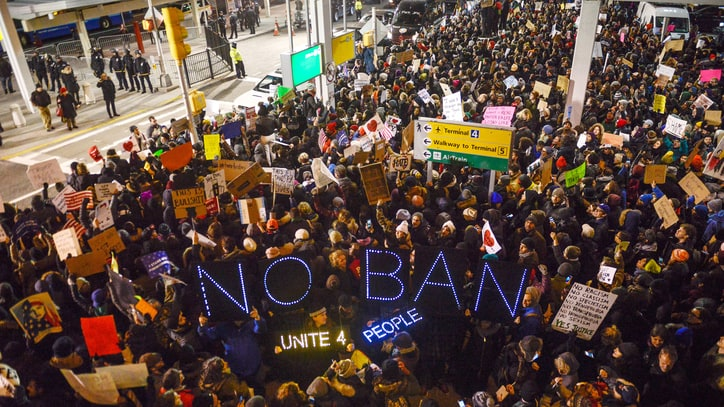 Inside the Huge JFK Airport Protest Over Trump's Muslim Ban