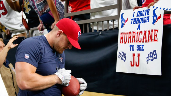 Hurricane Harvey: How the Sports World Is Helping Disaster Victims