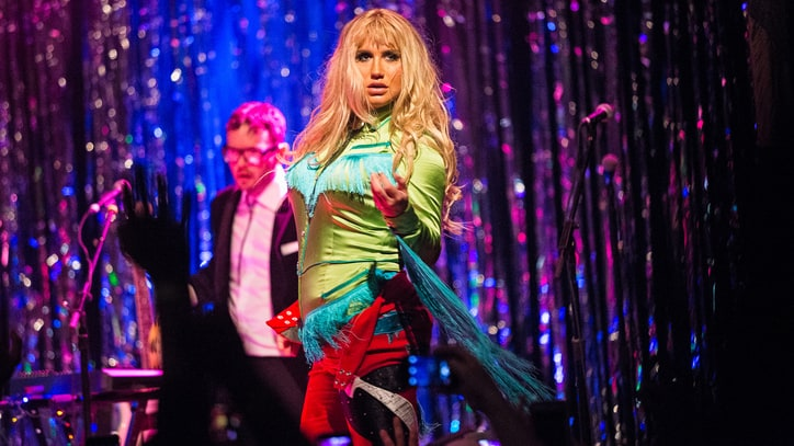 Kesha Reimagines Hits at Wild, Cathartic Tour Kickoff
