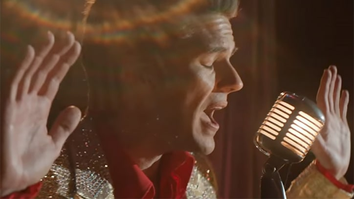 Watch the Killers' Brandon Flowers Strut Around Vegas in 'The Man' Video