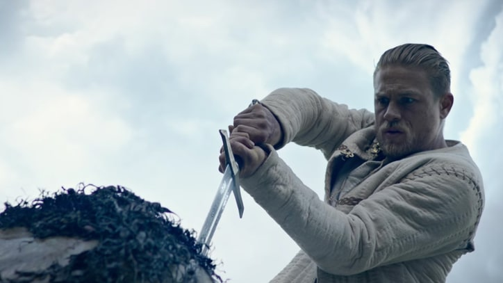 'King Arthur: Legend of the Sword' Review: Welcome to a King-Sized Pile of Crap