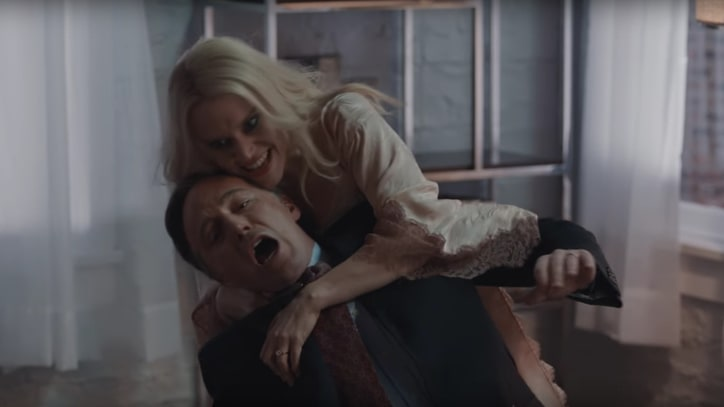 See Kate McKinnon's Kellyanne Conway Go Full 'Fatal Attraction' on 'SNL'
