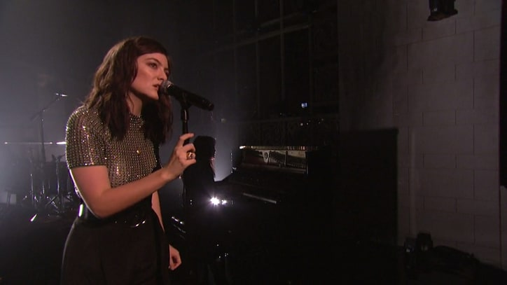 See Lorde Unleash Spirited 'Melodrama' Songs on 'SNL'