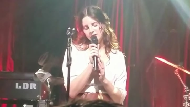 Watch Lana Del Rey Perform New Single 'Love' at SXSW