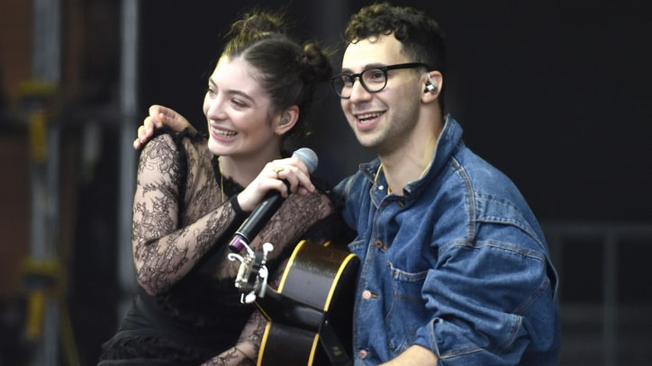 Watch Lorde, Jack Antonoff Cover Paul Simon Live at Outside Lands