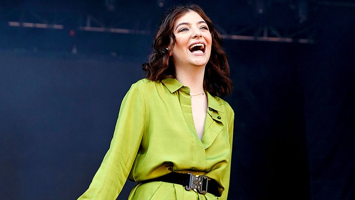 Hear Lorde Praise Peter Green-Era Fleetwood Mac, Classic Rock Love on 'WTF'